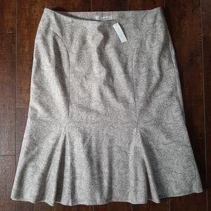 White House Black Market Trumpet Skirt NWT Size 8